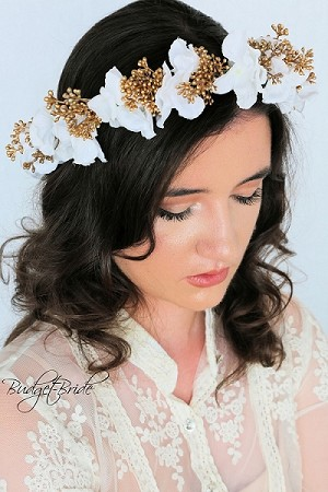 Gold Berry Head Wreath