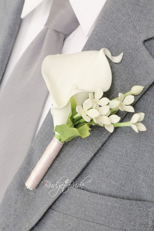 Clarity Small Boutonniere